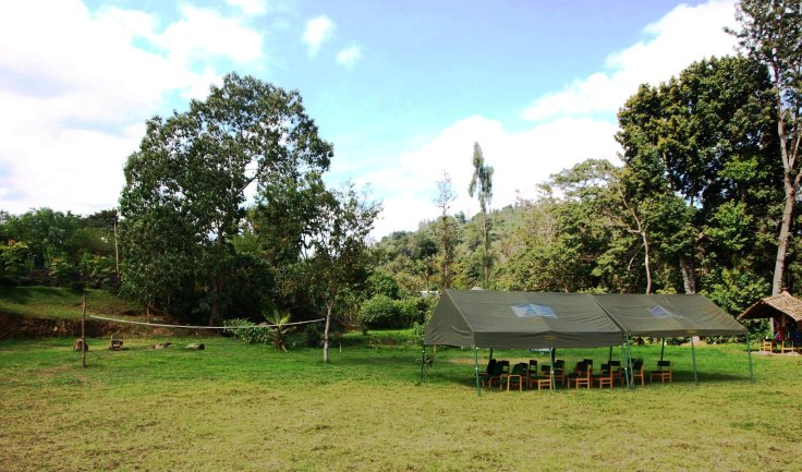 Open space suitable for games such as football or volleyball (with a removable volleyball net) and spacious, open marquee suitable for picnics, meetings, celebrations or any other desired sheltered activities both during the day and at night with fitted lighting.